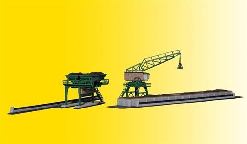 Z Scale Coal tower & travel crane