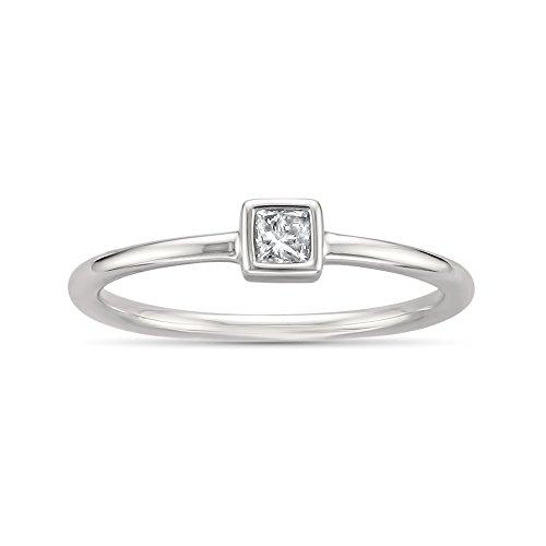 14k White Gold Princess-Cut Solitaire Diamond Promise Ring (1/10 cttw, I-J, I2-I3), Size 6 (Princess Cut Diamond Bridal Set 14k White Gold)