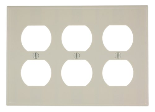 Leviton 78030 3-Gang Duplex Device Receptacle Wallplate, Standard Size, Thermoset, Device Mount, Light ()