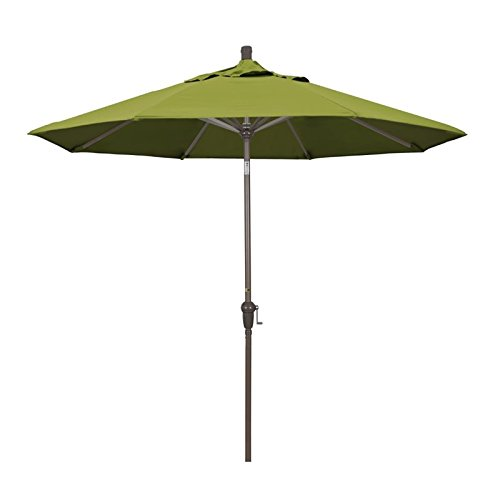 California Umbrella 9' Market Patio Umbrella with Auto Tilt in Kiwi