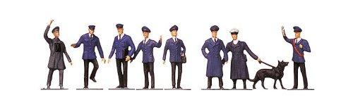 - Faller 151003 Railway Staff with Dog 9/HO Scale Figure Set