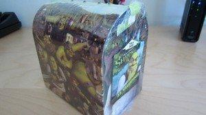 - Shrek Keepsake Light-up Mailbox 32 Valentine Cards