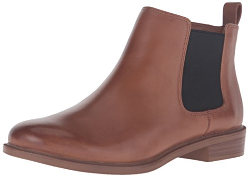 Clarks Women's Taylor Shine Chelsea Boot, Tan Leather, 8.5 M US