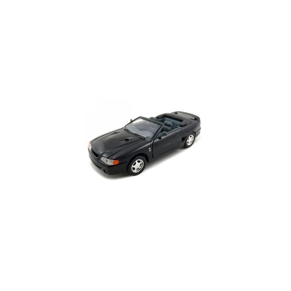 1998 Ford Mustang SVT Cobra Diecast Car Model 1/24 Convertible Black Motormax
