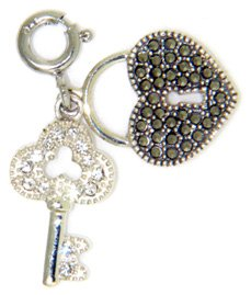 (Judith Jack Heart Lock and Key Charm)
