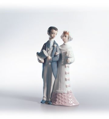 Lladro Wedding 04808 Bride and Groom (Lladro Wedding Figurine)