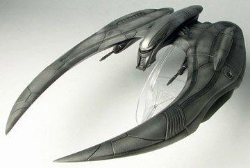 Moebius Models 1/32 Battlestar Galactica Cylon Raider Model ()