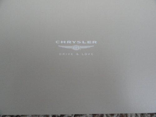 chrysler-pacifica-sales-brochure