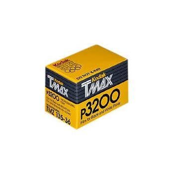 Kodak P3200 TMAX Professional ISO 3200, 35mm, 36 Exposures, Black and White Film