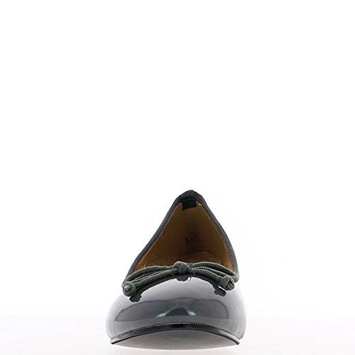 Talón de los zapatos tamaño grande gris barniz 4 cm