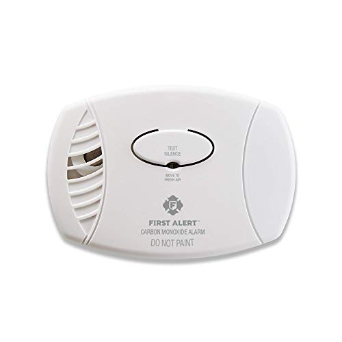 (First Alert CO400 Carbon Monoxide Detector, Battery Operated (Renewed))