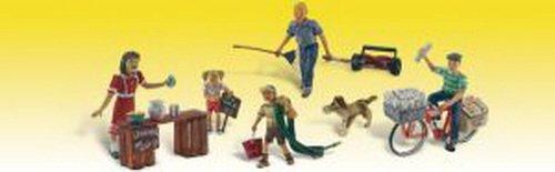 Woodland Scenics Summertime Jobs (Paperboy, Lawn Boy, Lemonade Stand w/3 Figures & Dog) HO Scale