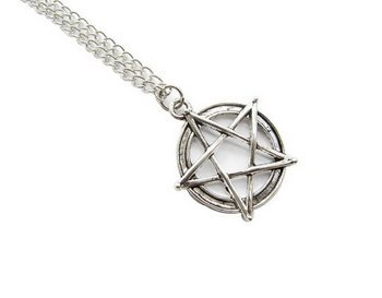 Ancient Silver Pentagram Necklace Supernatural Pentacle Pendant Protection Amulet Wiccan (Jewelry Protection)
