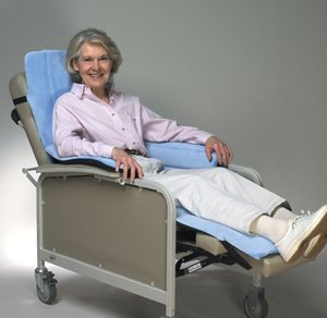 SkiL-Care Geri-Chair Cozy Seat with Leg Rests