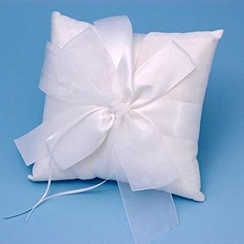 Beverly Clark Tres Beau Ring - Tres Beau Wedding Accessories Ring Pillow, White