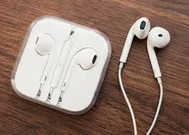 332 opinioni per Apple MD827 Auricolari con microfono e A