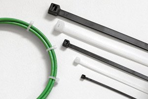 "17-3/4"" UV Black Light Heavy Duty Cable Ties w/ 120 lbs Tens"