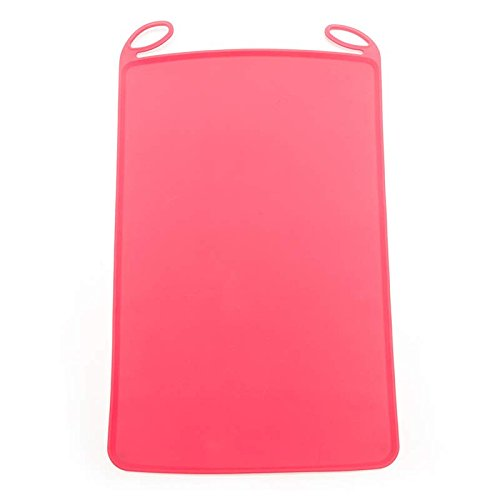 - Messy Mutts Portable Silicone Mat, 19.7
