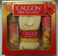Calgon Hawaiian Ginger Bath Gift Set, 3 pc (Body Mist, Body Cream, Fuzzy Socks) (Hawaiin Ginger)