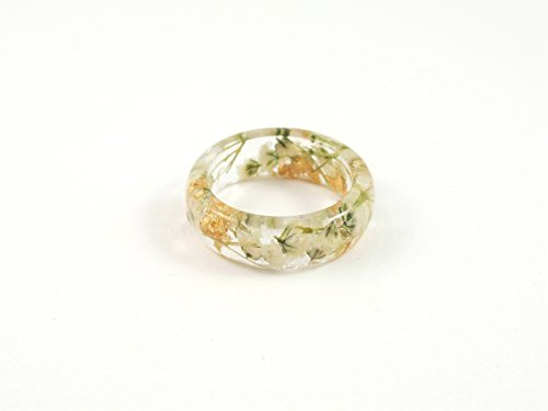 Real Flower resin ring gold flakes and Babys breath flowers Nature botanical ring Band ring Floral ring Flowers in resin