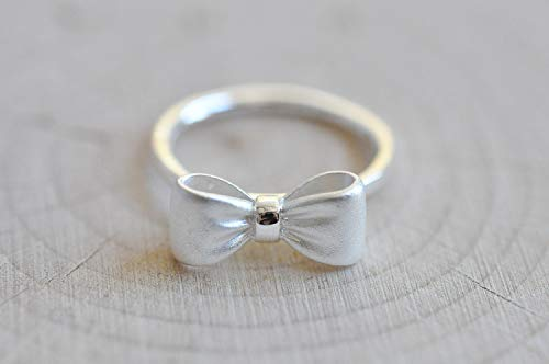 Sterling Silver Matte Silver Bow Ring in US 8