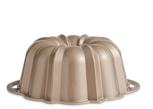 Nordic Ware Exclusive Bundt and Bundt Bag, Champagne