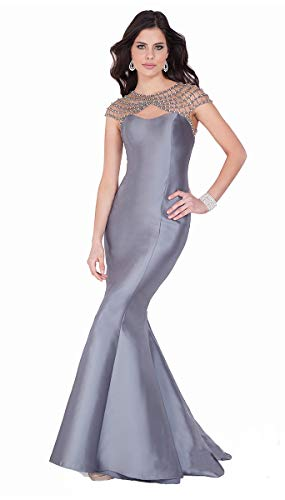 (Terani Couture Beaded Shoulder and Back Trumpet Dress)