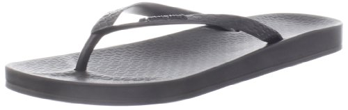 Ipanema Women's Ana Tan Thong Sandal,Black,8 M (Ipanemas Sandals)