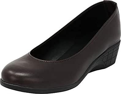 Cambridge Select Women's Closed Round Toe Slip-On Low Comfort Wedge Brown Size: 8
