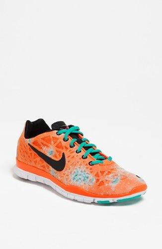 san francisco 86c0f 67605 Amazon.com   Nike Women s Free TR Fit 3 PRT (Summit White Black-Gamma  Arctic Pink) Size 6   Track   Field   Cross Country