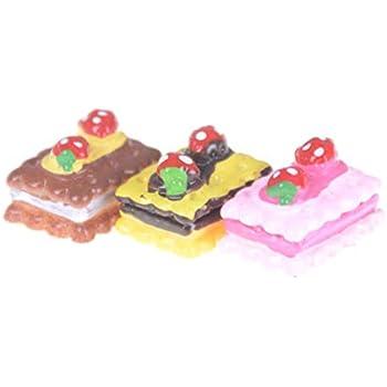 10pcs Mushroom Cup Cake Miniature Food Models Dollhouse Accessories/%/&