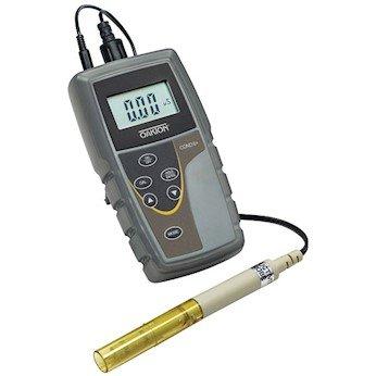 Oakton CON 6+ handheld conductivity meter with probe