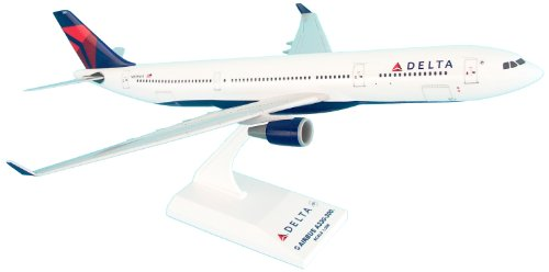 Daron Skymarks Delta A330-300 New Livery Model Kit (1/200 Scale) (New A330 Livery 300)