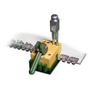Apache Alligator Rivet Ready Staple Fastener Installation Belt Lacing Tool (2'') by AI Products