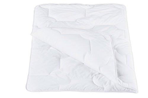 ZOLLNER® kochfeste Kinderbettdecke versteppt, Größe 100x135 cm weiß, direkt vom Hotelwäschehersteller, Serie