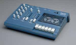 TASCAM PORTA/02MKII 2 Input, 4-TRACK Cassette Recorder