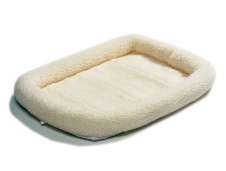 "Midwest Quiet Time Pet Bed (Fleece/22"" x 13""). Washable, Bed, Heavy duty, Crate, Blanket, Chew."