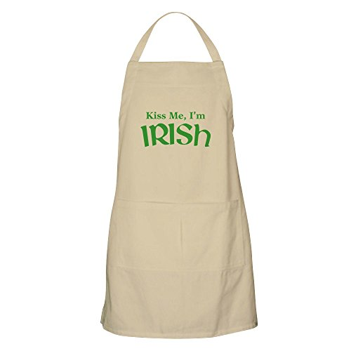 CafePress Kiss Me, I'm Irish Apron Kitchen Apron with Pockets, Grilling Apron, Baking Apron