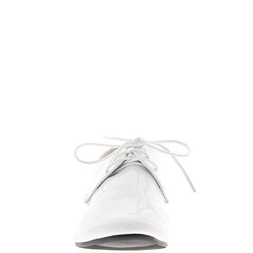 Verniciato di bianco Richelieux tacco 2 cm e lacci