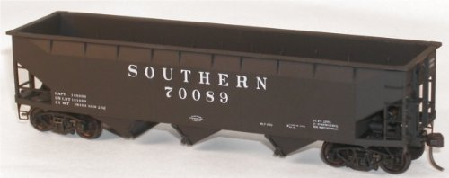 Accurail 7541 SOU HO Kit 70-Ton Offset Triple Hopper