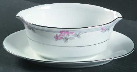 NORITAKE TARKINGTON GRAVY BOAT WITH ATTACHED UNDER PLATE by Noritake