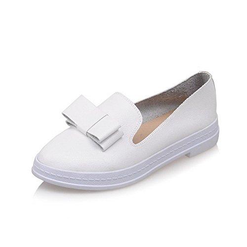 VogueZone009 Damen Niedriger Absatz PU Leder Ziehen auf Rund Schließen Zehe Pumps Schuhe Weiß