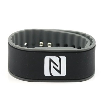 Braccialetto NFC, adatto per contatti, commercio, sport, 924 byte (NTAG 216), impermeabile, nero/grigio, regolabili NFC21 GmbH 4260313685608