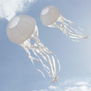 Windsack - Qualle - Windbereich: 1-6Bft., geeignet ab 12 Jahren - Ø55cm, Länge: 150cm - inkl. Kugellagerwirbel mit Aluminiumkarabiner