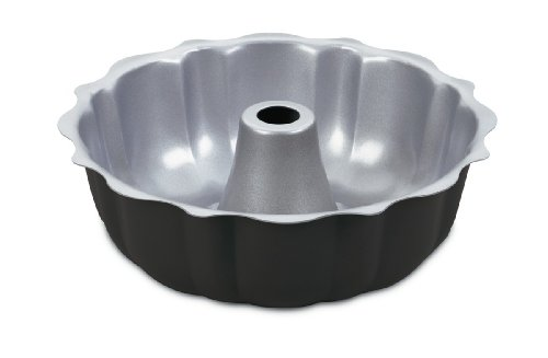 """Cuisinart AMB-95FCPC Chef's Classic Nonstick Bakeware 9.5"""" Fluted Cake Pan, Silver"""