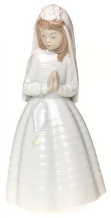 Nao by Lladro Collectible Porcelain Figurine: GIRL PRAYING - Young Girl in Church / Communion