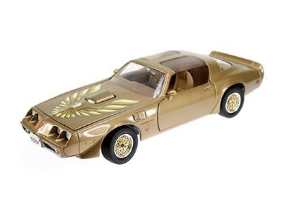 Pontiac 1979 Firebird Trans Am Gold 1/18 by Road Signature - Gold Car Diecast