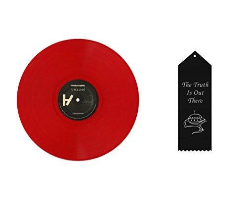 Music : Twenty One Pilots Limited Edition Pure Red Vessel Bundle