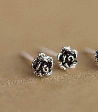 usongs Thai handmade silver earrings 925 silver earrings small roses Lesbian couple retro black mini jewelry hypoallergenic by usongs