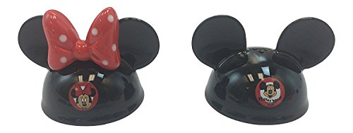(Disney Parks Mickey Minnie Mouse Ears Hat Figurine Salt and Pepper Shaker Set NEW)